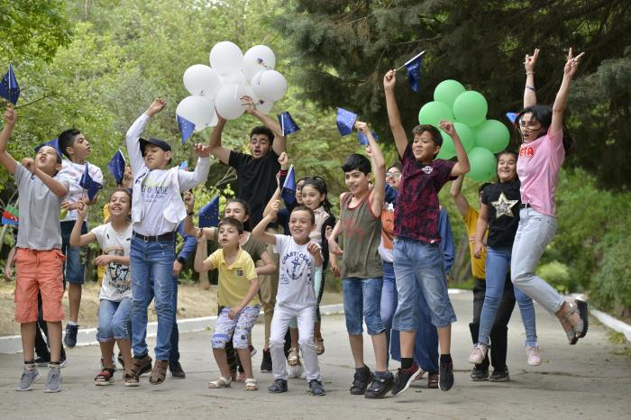 Azerbaijani Young European Ambassadors inspire future environmental leaders -  PHOTOS