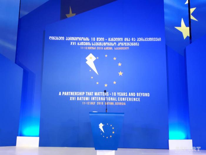 Batoumi accueille une conférence internationale consacrée au 10e anniversaire du Partenariat oriental