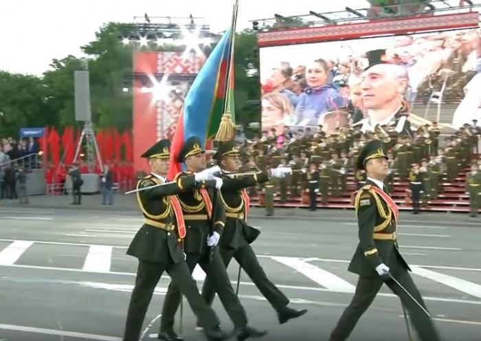 Hərbçilərimiz Minskdə keçirilən hərbi paradda -