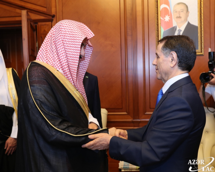 Azerbaijan's Prime Minister meets with Saudi Arabian justice minister