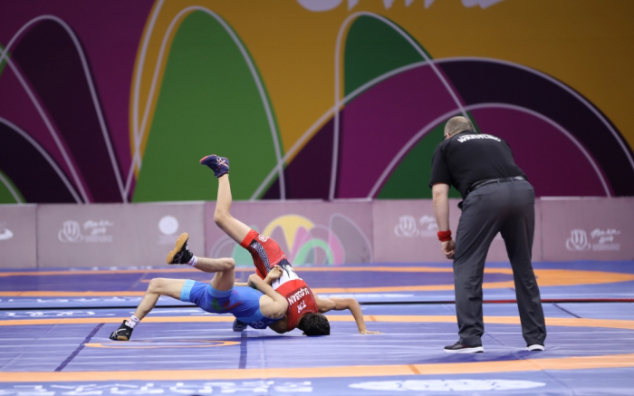 Azerbaijani wrestlers win 4 medals on first day of EYOF