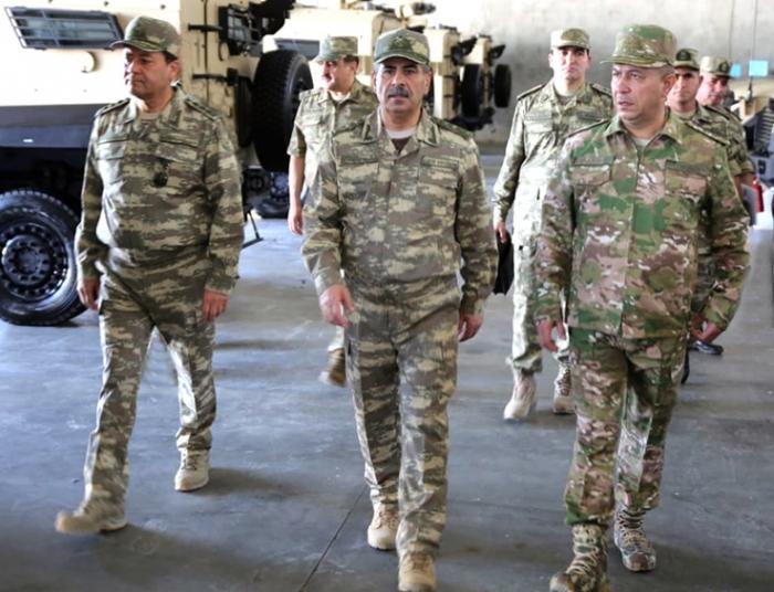 Le ministre de la Défense inspecte les unités militaires -  PHOTOS