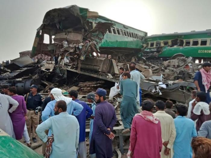 Pakistan:   le bilan de la collision de trains monte à 23 morts