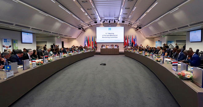 Azerbaijan supports extension of deal on oil production cut