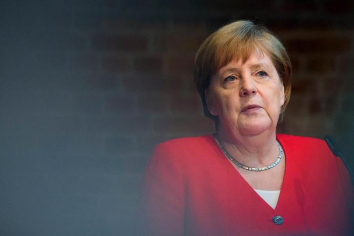 "Merkel nennt Hitler-Attentäter ""Vorbild"""