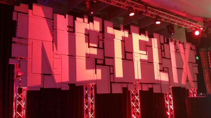 Netflix chute en bourse et perd des abonnés pour la première fois