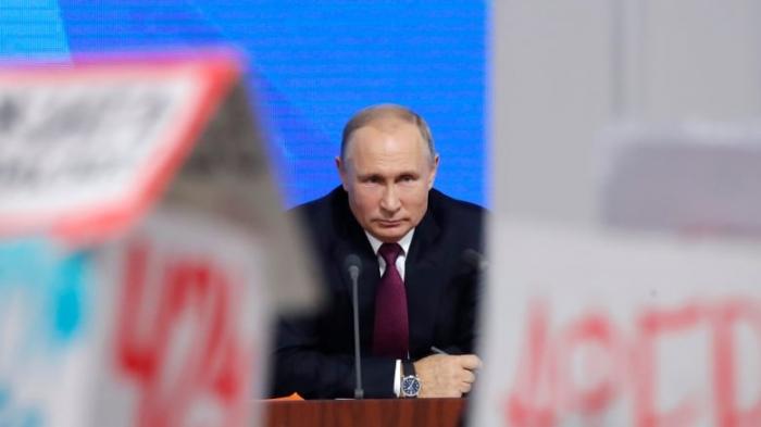 Putin məmurlara medianı izləməyi tapşırdı