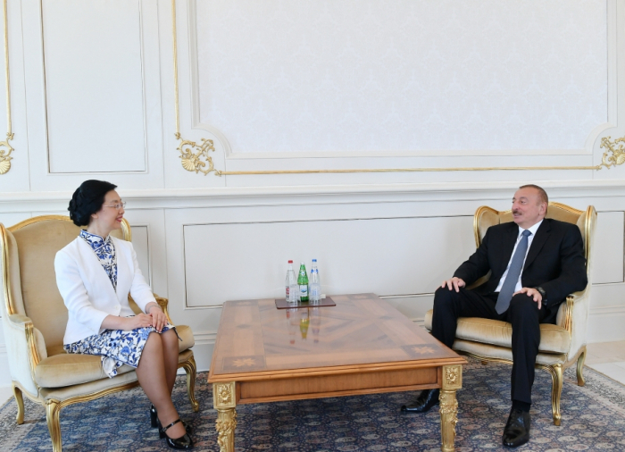"""الهام علييف:  """"التعاون الاقتصادي مع الصين يتطور بنجاح"""""""