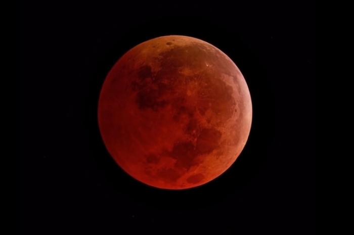 La deuxième éclipse lunaire aura lieu demain