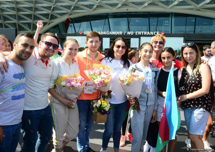 Victorious Azerbaijani gymnast returns home from FIG Championships in Moscow