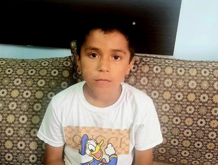 Ana 9 yaşlı oğlunu döydü, uşaq evdən qaçdı
