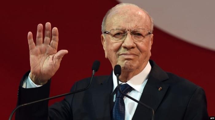 وفاة رئيس الجمهورية الباجي قائد السبسي