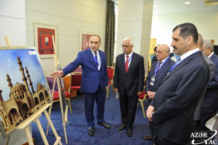 """II. internationales Symposium über """"Islamische Zivilisation im Kaukasus"""" in Baku"""