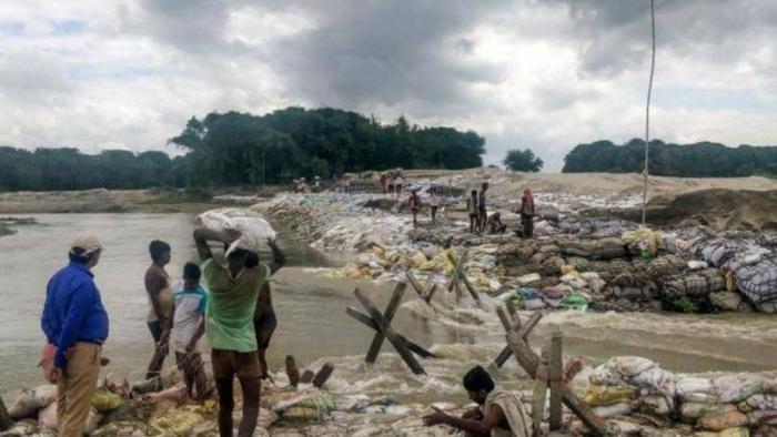 """ارتفاع عدد قتلى """"انهيارات وفيضانات"""" نيبال"""