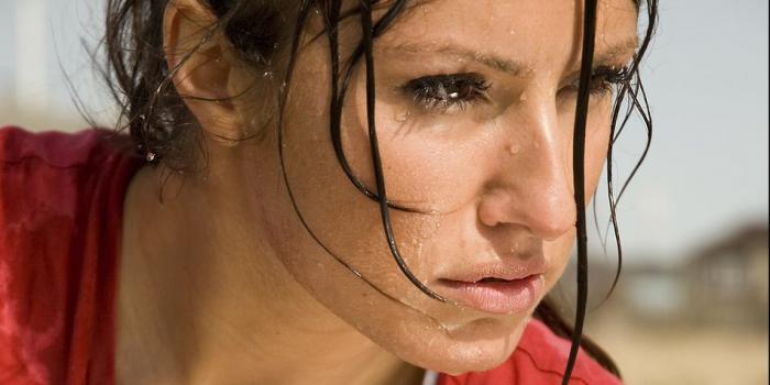 Starkes Schwitzen am Kopf:  Was hilft?