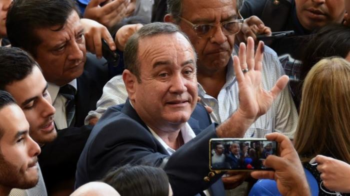 Rechtskonservativer wird Präsident in Guatemala