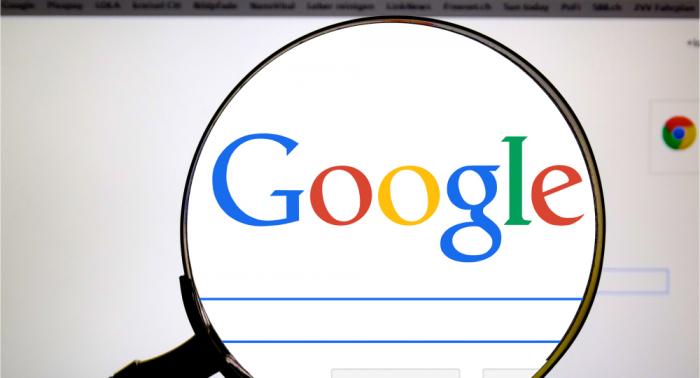 Un ex-employé de Google affirme que le géant du Web a établi une «liste noire» de médias