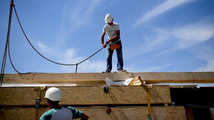 Mehr Mängel bei Großbauprojekten