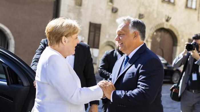 Orban lobt Merkel und wirbt für EU-Einheit
