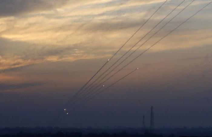 Israël intercepte une roquette tirée de Gaza après des semaines de calme