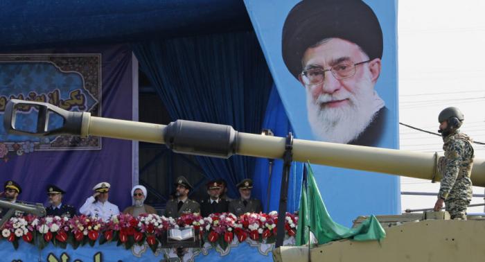 إيران تكشف عن سلاح يحمي المناطق الحساسة والحيوية في البلاد