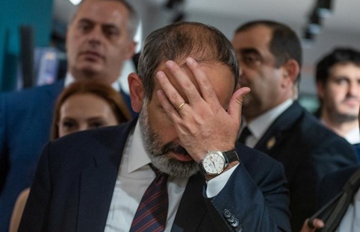 Nikol Paşinyan Xankəndidə etirazla qarşılandı