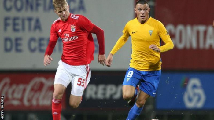Wolverhampton Wanderers sign Azerbaijan striker Renat Dadashov