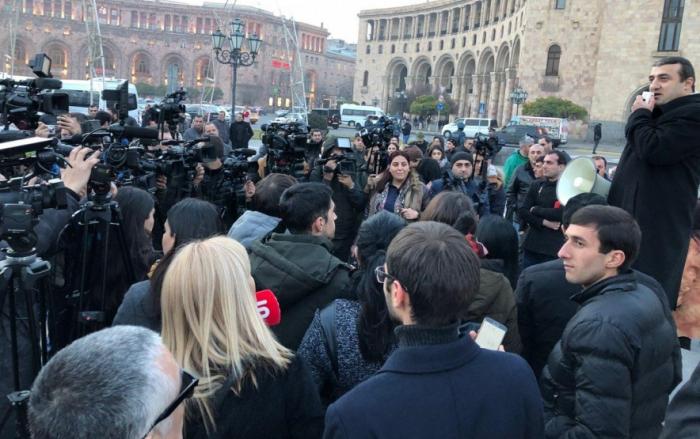 Anhänger von Kocharyan protestieren