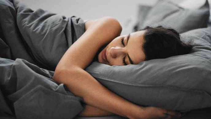 Optimistic people sleep better, longer: study