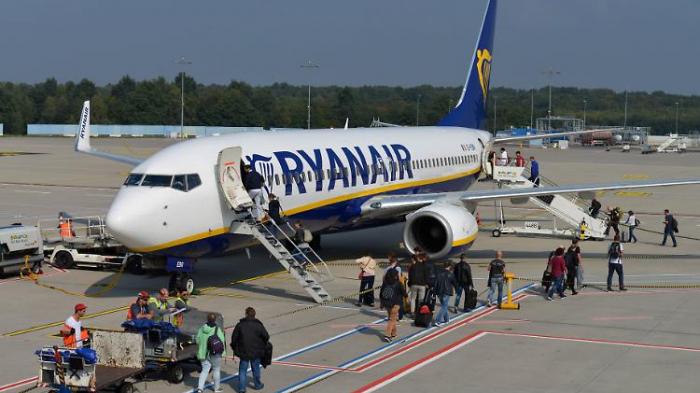 Ryanair stellt sich bei Piloten-Tarif quer