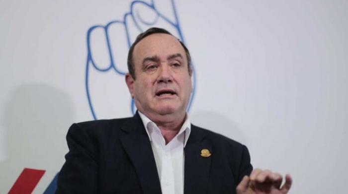 El conservador Giammattei lidera el recuento en la segunda vuelta de las presidenciales de Guatemala