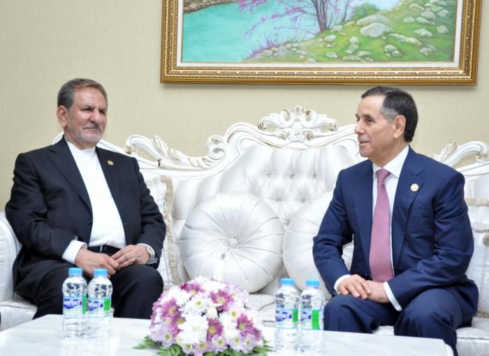 Baş Nazir İranın birinci vitse-prezidenti ilə görüşüb