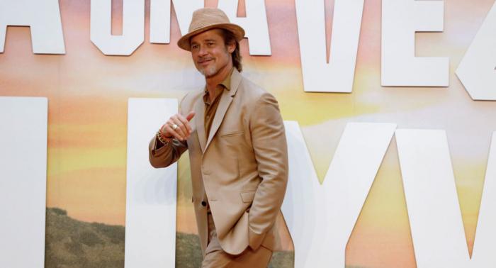 Fotos/Vídeos:   Brad Pitt llega a México y las redes explotan