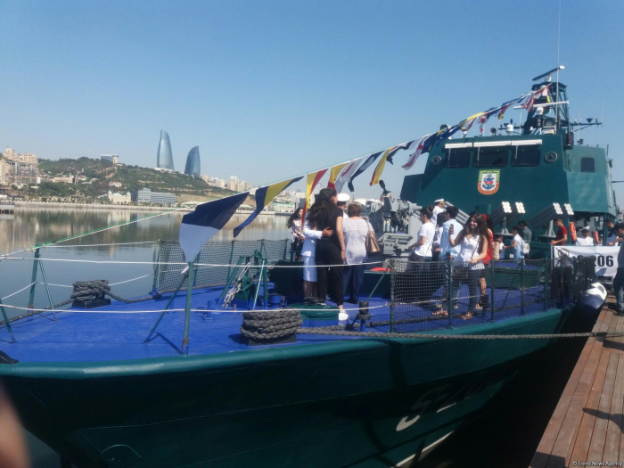 "Azerbaijan's ""Tufan"" ship showcased at military exhibition"