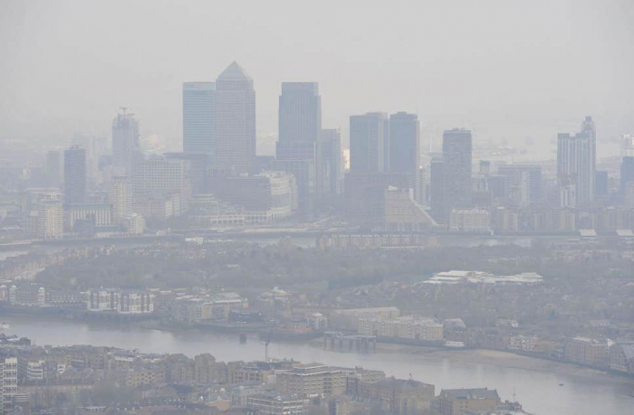 Air pollution in cities 'as bad for you as smoking 20 cigarettes a day', says study