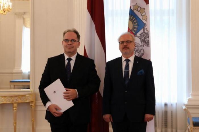 El nuevo embajador letón en Azerbaiyán