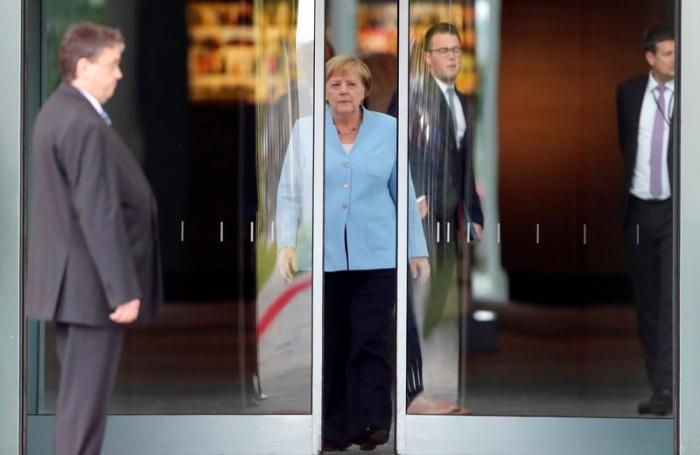 Merkel fordert staatlich organisierte Seenotrettung