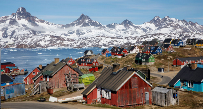 WSJ:     Trump se interesa por la compra de Groenlandia