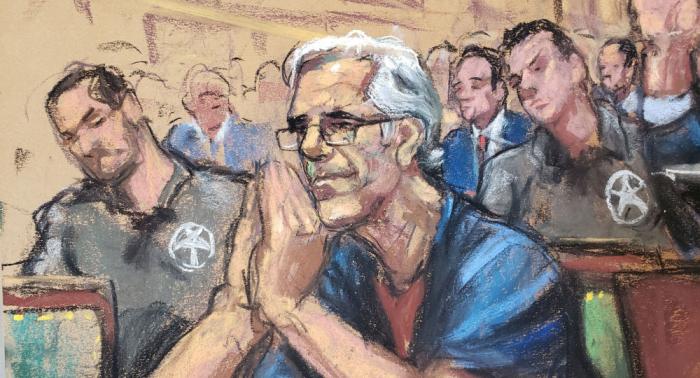 """""""Sehr ungewöhnlicher Suizid"""": Epsteins Obduktionsbefund wirft Fragen über seinen Tod auf"""