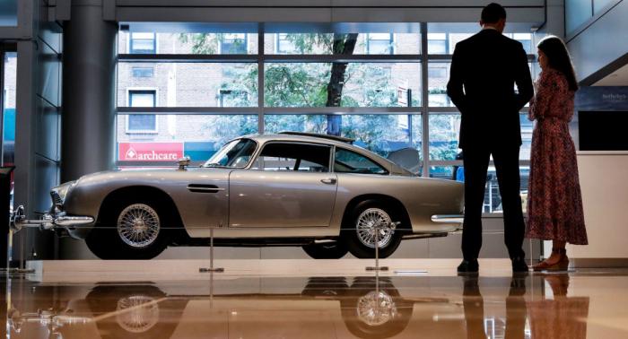 James Bonds Aston Martin versteigert: Über 6 Millionen US-Dollar für einen Sportwagen