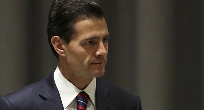 López Obrador asegura que su antecesor Peña Nieto sabía de la