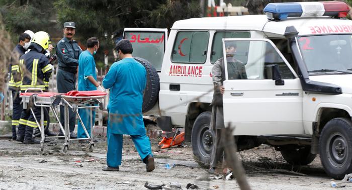Decenas de muertos tras explosión suicida en una boda en Kabul