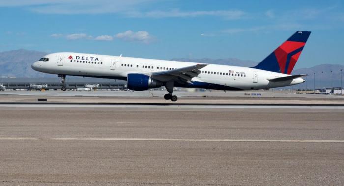 Boeing 757 vollzieht harte Landung auf Azoren –   Fotos