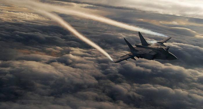 MiG-31 im Luftkampf in Stratosphäre – Video aus dem Cockpit