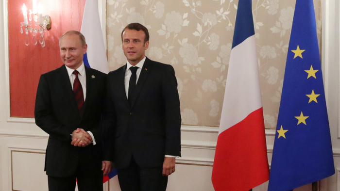 Putin y Macron se reúnen en Francia