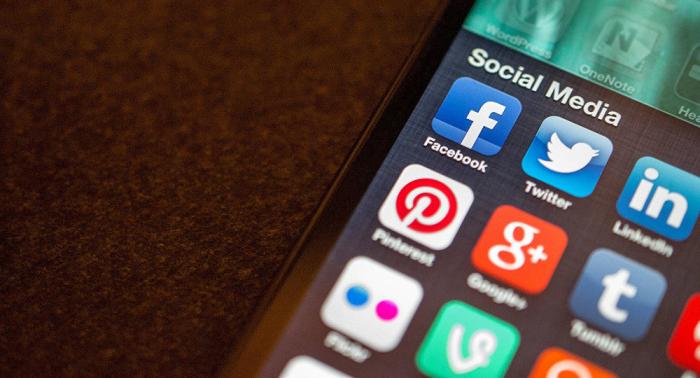 Wie wirken soziale Netzwerke auf die Gesellschaft ein? Studie offenbart gegenläufige Tendenzen