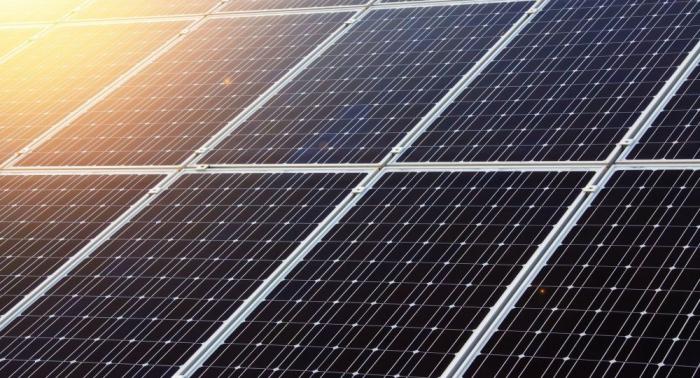 Solaranlagen in Flammen:   Walmart verklagt Tesla