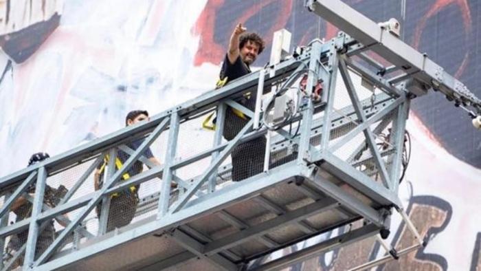 Un español pinta el mural más grande de la historia de Nueva York