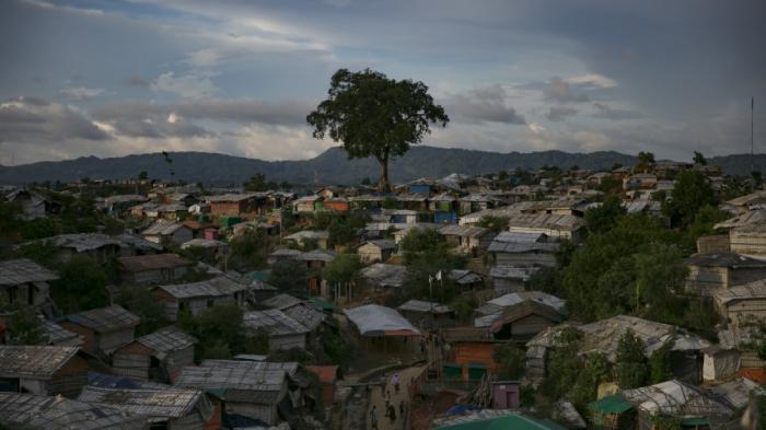 Busse bleiben leer - Rohingya-Flüchtlinge verweigern Rückkehr