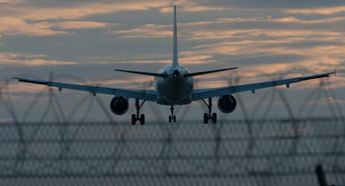 Al menos 7 hospitalizados tras un aterrizaje de emergencia en el aeropuerto de Honolulu
